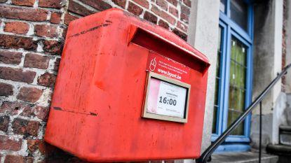 Rode brievenbus aan Klein Gent blijft toch behouden