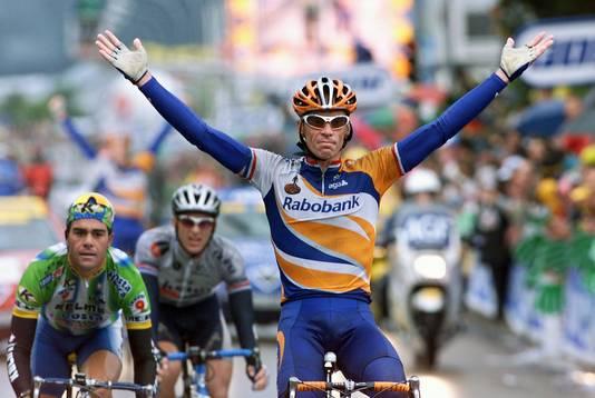 Erik Dekker in 2001 als etappewinnaar in de Tour.