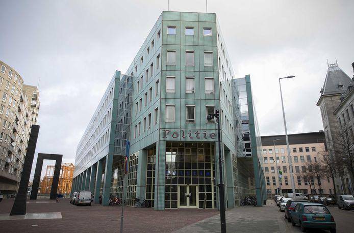 Het hoofdbureau van de politie in Rotterdam.
