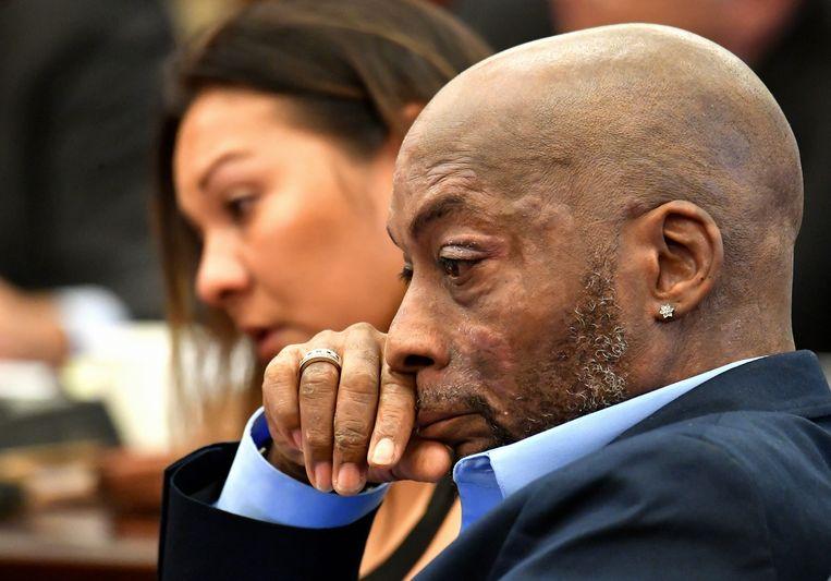 De eiser, Dewayne Johnson, lijdt aan non-hodgkinlymfoom en heeft niet meer lang te leven. De ziekte veroorzaakte verschillende verwondingen op zijn lichaam.