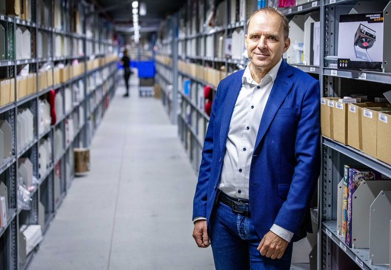 """Huub Vermeulen, algemeen directeur van Bol.com: """"Wat ik heb moeten leren is dat mensen nu eenmaal geïnteresseerd in je zijn."""" Beeld ANP"""