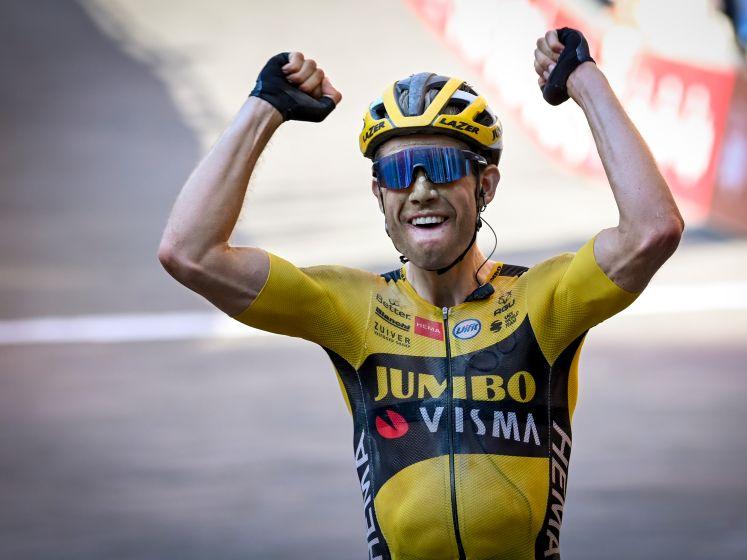 Zo ging het vorig jaar in de Strade Bianche: herbeleef hoe Van Aert naar glorie fietste in Siena