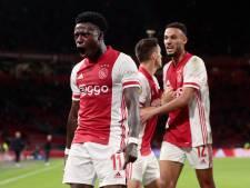 Hoe reageert Ajax op onrust rond Promes? 'Je hebt liever dat een teamgenoot vertelt dat hij vader wordt'