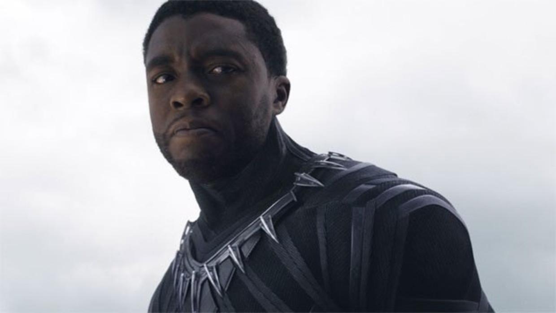 Chadwick Boseman als 'Black Panther' Beeld Marvel