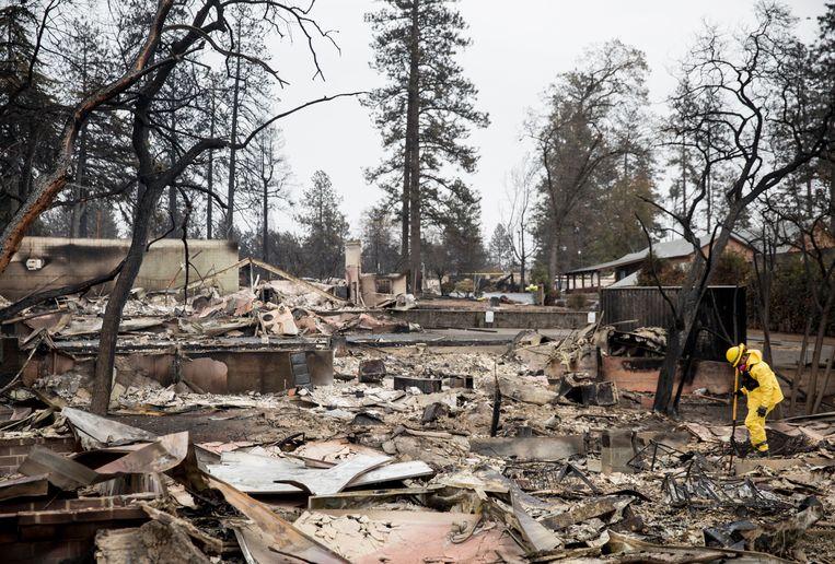 Schade door de 'Camp Fire' in het Amerikaanse stadje Paradise.