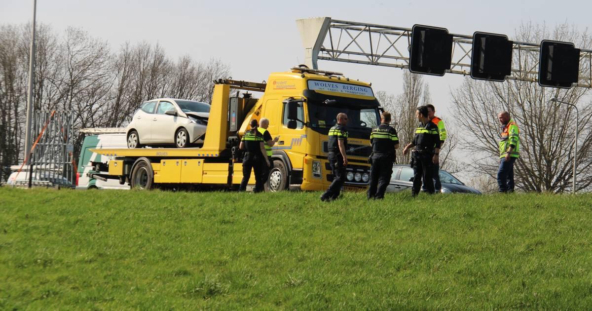 Verkeer op de A1 tussen Apeldoorn en Deventer rijdt weer door na eerdere aanrijding.