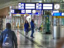 NS pakt doorstroom op station Amersfoort aan: extra poortjes bij Mondriaanplein