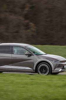 Nachtmerries bij Tesla en Volkswagen? Zo rijdt de veelbelovende Hyundai Ioniq 5