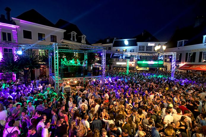 Introductiefeesten zoals deze party in 2017 in Breda zijn dit jaar uit den boze.