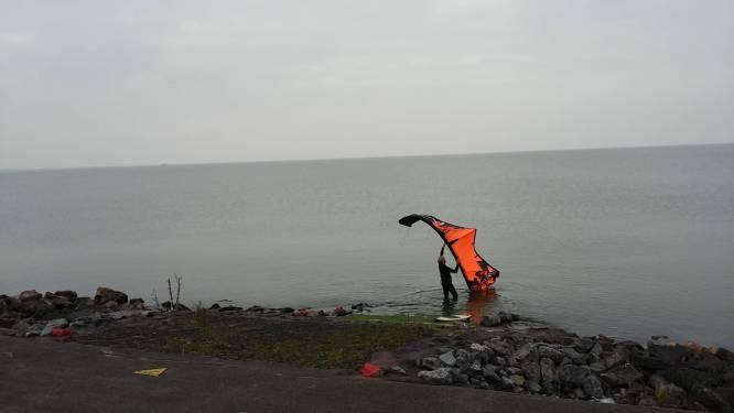 Kitesurfen op het IJsselmeer? Het kan!