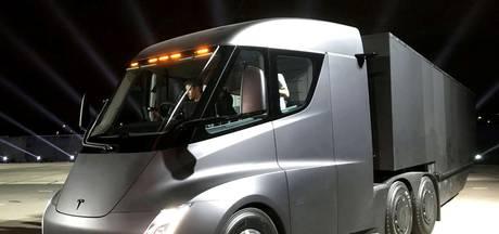Bedrijfsleven warmt langzaam op voor elektrisch vrachtbeest van Tesla