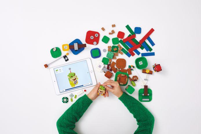 Bouwen is belangrijker dan spelen in 'Lego Super Mario'.
