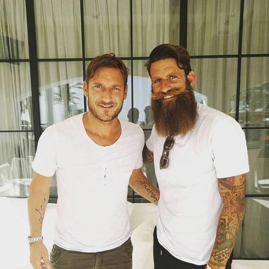 Davide Moscardelli, hier naast Francesco Totti.