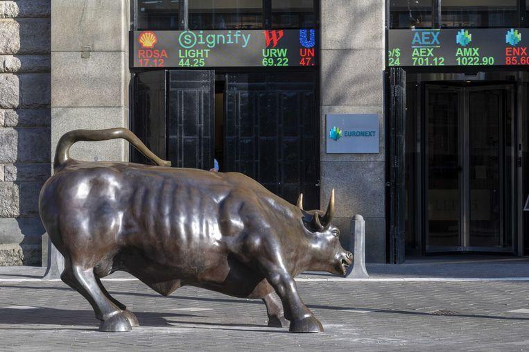 De AEX-index op de Amsterdamse beurs is voor het eerst sinds september 2000 boven de 700 punten gesloten. Beeld ANP
