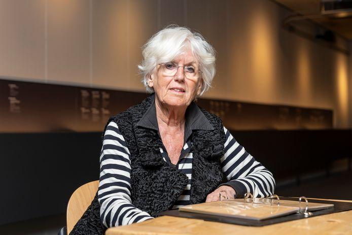 Ineke van Dijke is als vrijwilliger in het Watersnoodmuseum actief en kreeg een paar maanden geleden nog een erepenning uitgereikt vanwege haar enorme inzet voor de Stichting Vrienden van het Watersnoodmuseum.