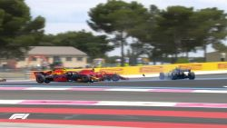 LIVE F1. Hamilton op kop na tumultueuze start, Vettel krijgt tijdstraf na crash