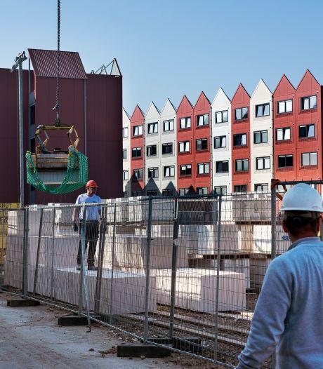 Bewoners containerwoningen trillen hun huis uit door bouwwerkzaamheden: 'Het is bijna mensonterend'