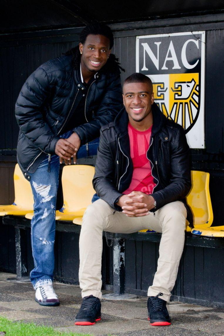 Florian Jozefzoon (L) blijft voorlopig in Breda, Roly Bonevacia mag terug naar Amsterdam. Beeld PRO SHOTS