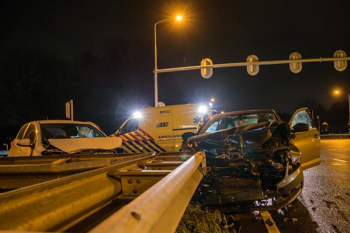 Drie lichtgewonden bij ongeval kruising Emerparklaan Breda