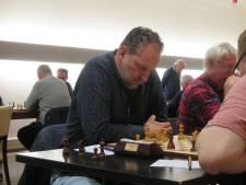 ZK schaken gestaakt, koploper Hekhuis baalt
