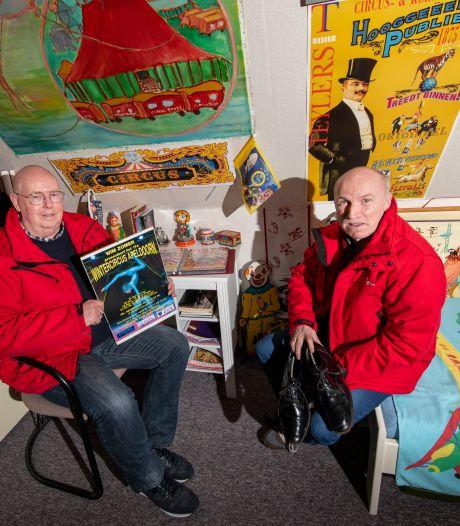 Jan en Henk zitten thuis in Apeldoorn en niet in hun kassawagen: 'We missen het circus enorm'