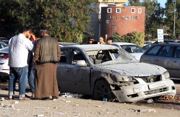 Bij de luchtaanval op Zawiya, een stad ten westen van Tripoli, kwamen minstens twee mensen om het leven.