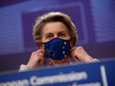 L'UE reprend la main sur la vaccination, le Royaume-Uni desserre l'étau