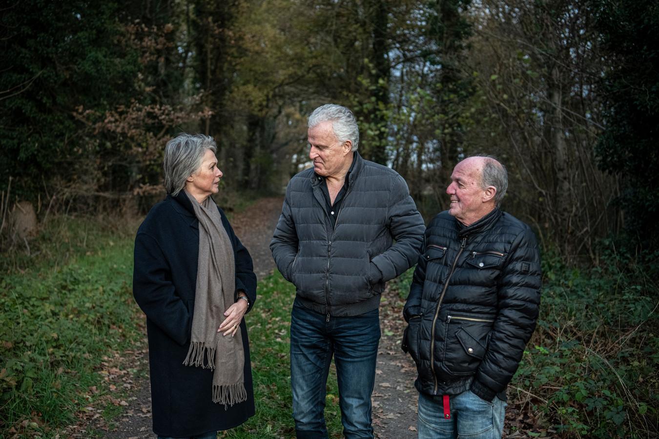 Peter R. de Vries  met de ouders van Nicky Verstappen, Peter en Berthie Verstappen.