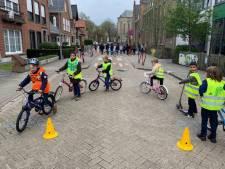 Kleurrijke fietsen tijdens geslaagde verkeersweek in basisschool Mozaïek