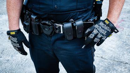 """""""'Cops' bemiddelen hier niet. Ze vallen aan"""""""