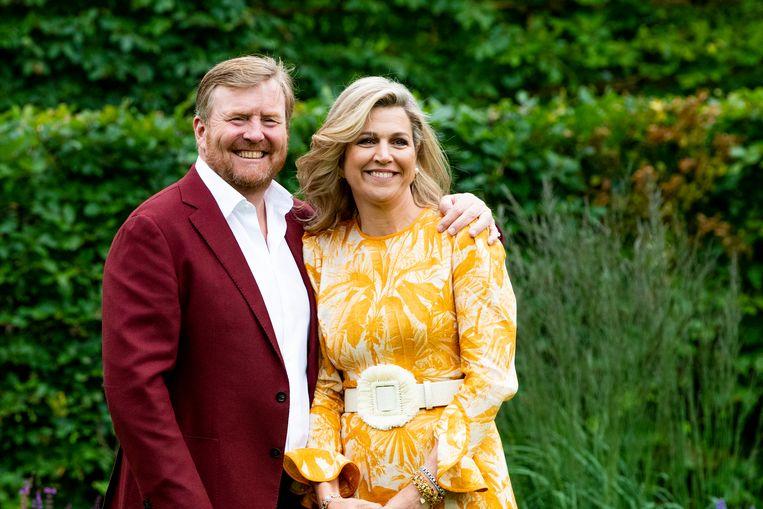Koning Willem-Alexander en koningin Máxima wensen paralympische sporters veel succes Beeld EM-Press/Patrick van Emst