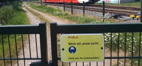Forse dwangsom voor ProRail vanwege lawaaiige treinen Merwedelingelijn: Omwonenden klagen al jaren