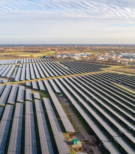 Tweede megazonnepark verschijnt in Almelo-Noord: 'Groene stroom voor 12.000 huishoudens'