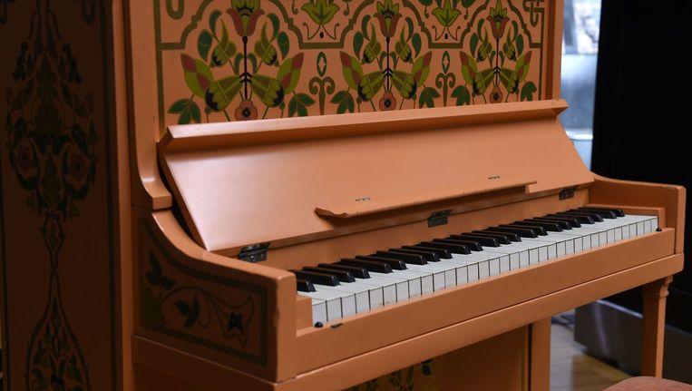 De geveilde piano uit 'Casablanca'. Beeld AFP