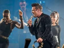 Robbie Williams zoekt zoenende meisjes