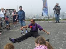 'Paarse straatgoochelaar' uit Tilburg is Nederlands kampioen