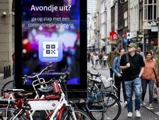 Eerste dag verplichte coronapas in Nederland: app meteen overbelast door drukte en cyberaanval