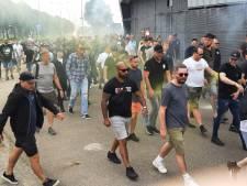 Honderden ADO-fans protesteren bij stadion en eisen vertrek van bestuur