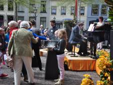 Kerken in Wijk bij Duurstede vieren samen Pinksteren in open lucht