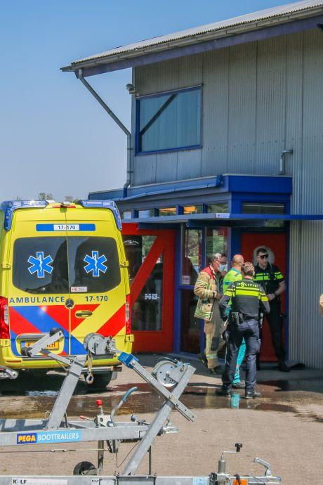 Explosie tijdens bijtanken van plezierjacht: man en hond gewond