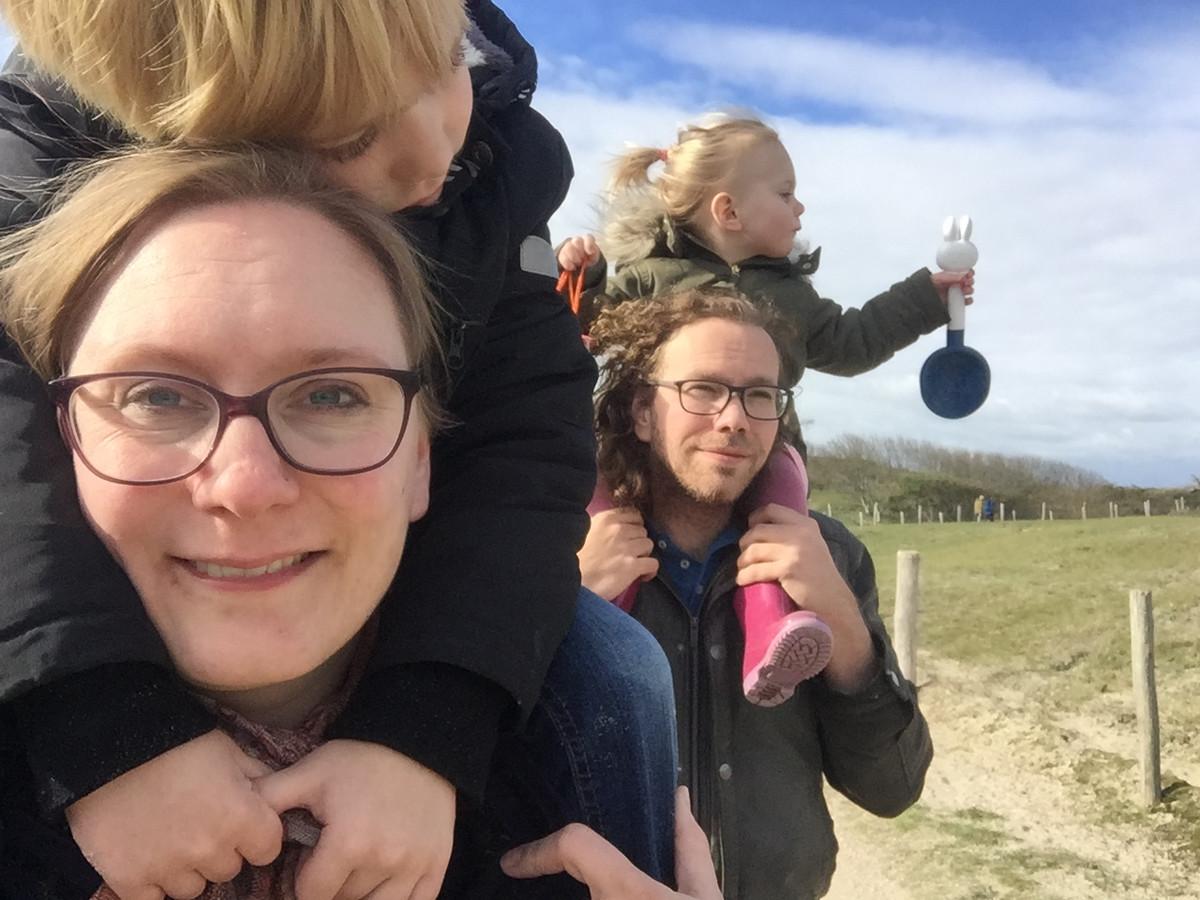 Ilona en haar gezin in Zeeland