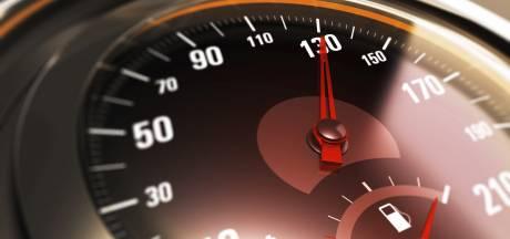 Hardleerse automobilist raakt rijbewijs kwijt na bekeuring in Lithoijen
