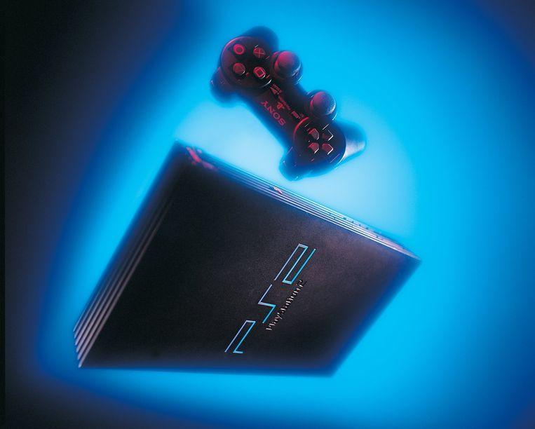 De PlayStation 2 en diens controller. Beeld Sony