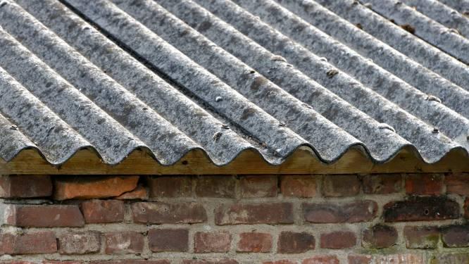 Hoe je zelf asbest verwijdert? 'Ga nooit op het dak staan'
