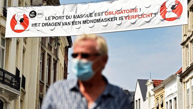 """In het Ter Kamerenbos of de Nieuwstraat, mondmaskers zijn al 7 maanden verplicht op hele Brusselse grondgebied: """"Brussel vindt de juiste balans maar niet"""""""
