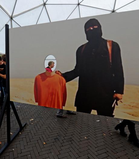 Debat kunstwerk Gogbot: Enschedese raad lijnrecht tegenover elkaar