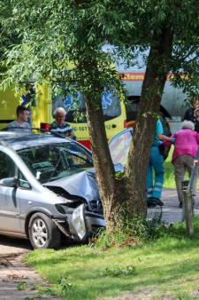 Crash in Eerbeek loopt fataal af voor 86-jarige inzittende