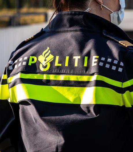 Politieagent die mogelijk chantabel is, moet dat gaan melden