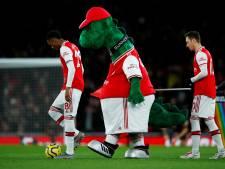 La mascotte d'Arsenal virée, Özil propose de payer son salaire