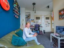 Haagse nieuwe Axel (17) surft liever in Spanje: 'Hier in Nederland is het weer vaak zo nikserig'
